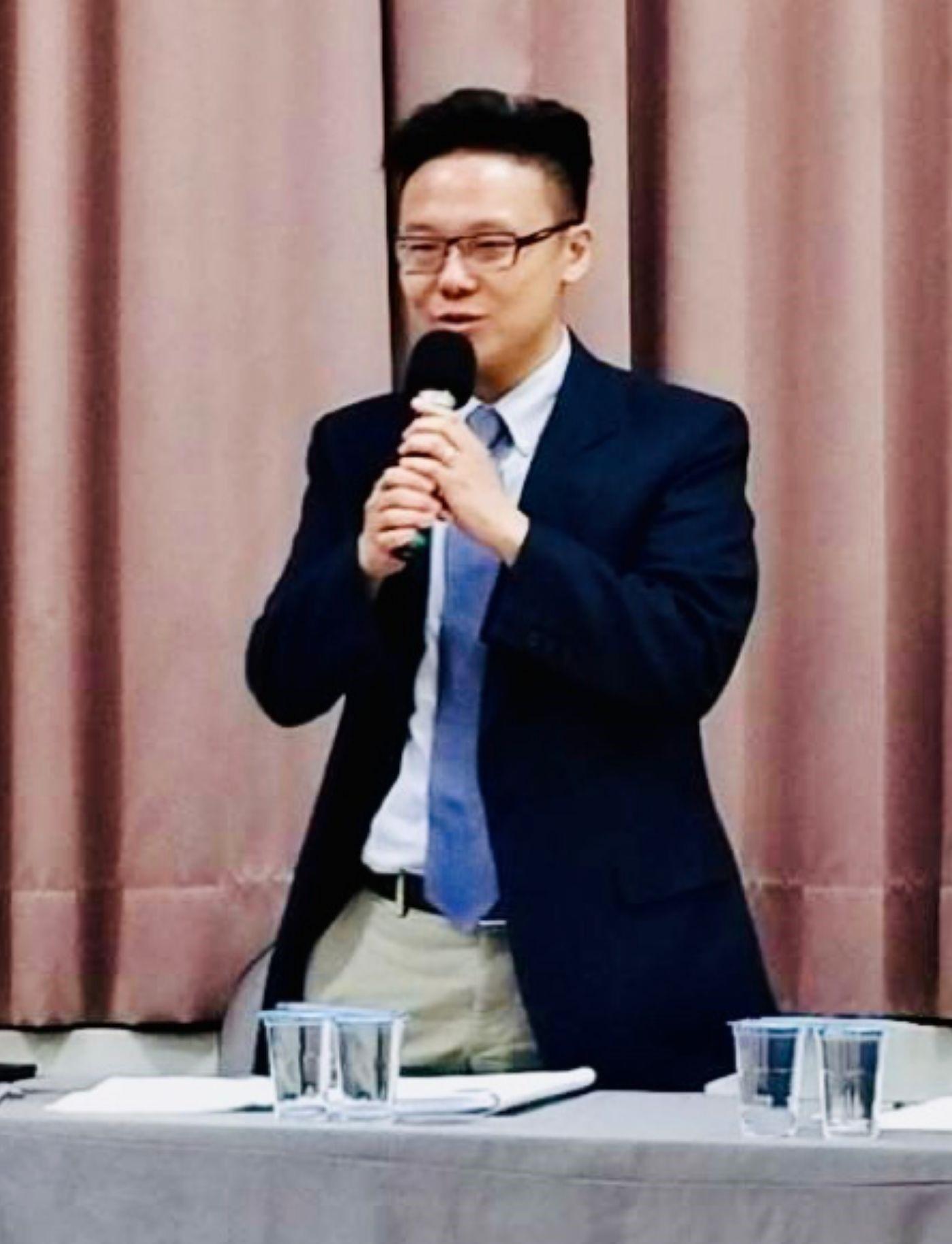 專欄作家 - 蔡季廷