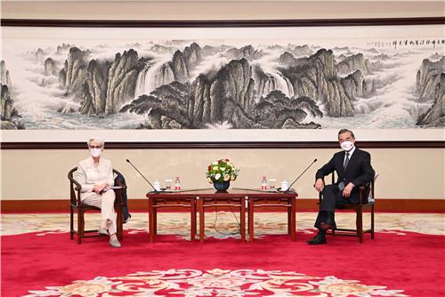 【葉家興觀點】恐懼中國:事實、迷思或計謀?