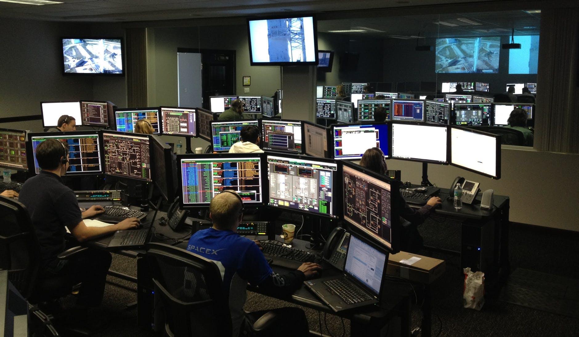 【黃士修觀點】以色列「在臺灣測試過的監控科技」 數位政委唐鳳是否知情?
